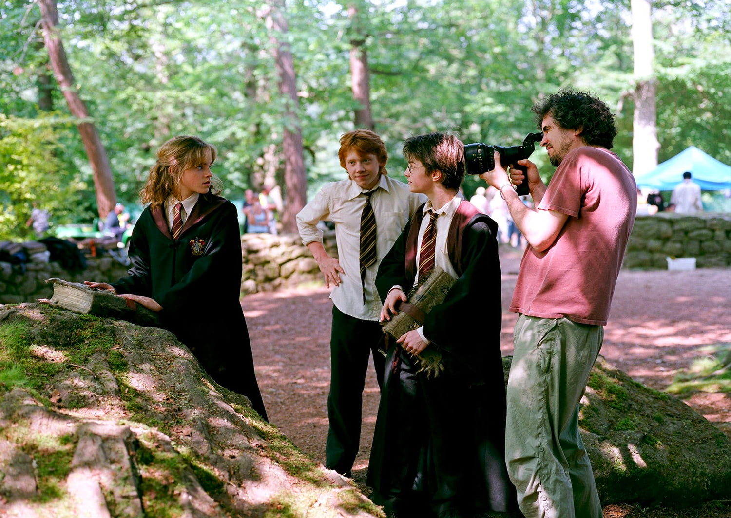 Alfonso Cuarón directs Dan, Rupert and Emma