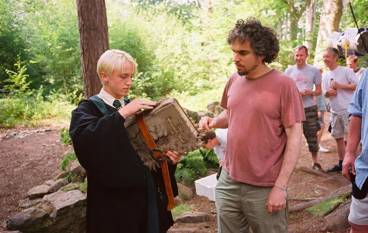 Alfonso Cuarón directs Tom Felton