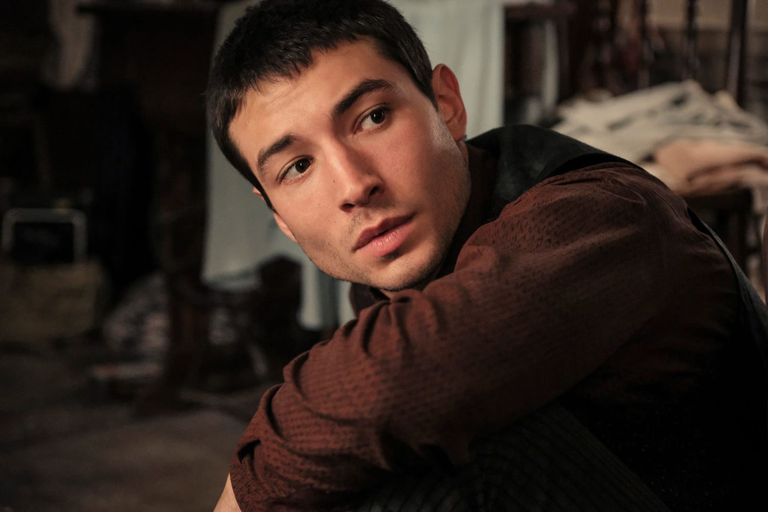 Credence looks over his shoulder