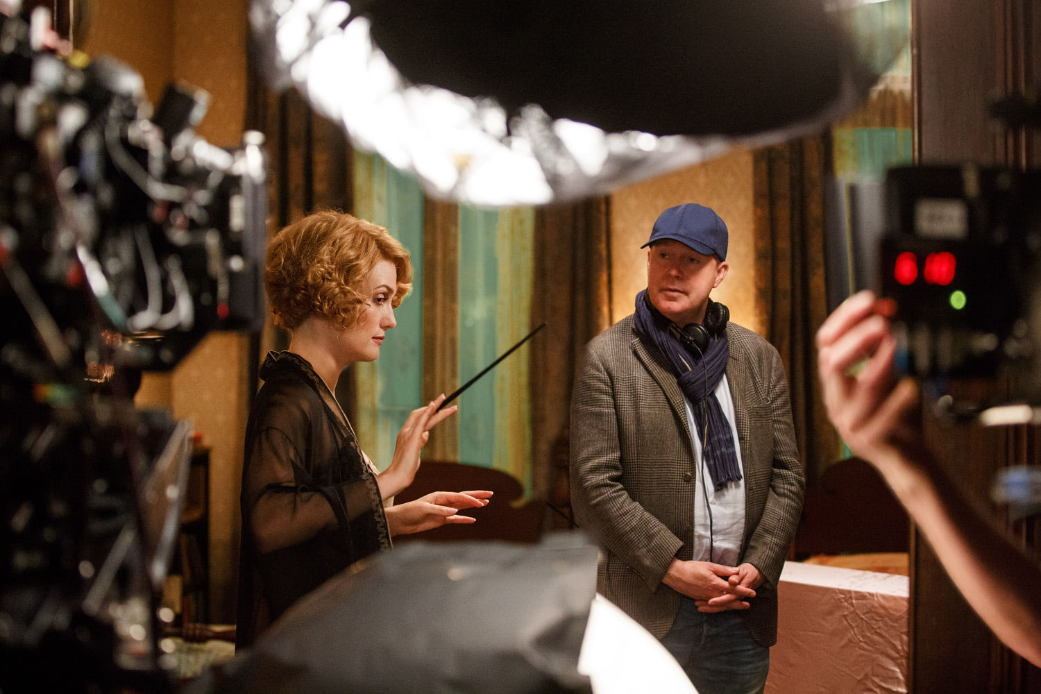 David Yates directs Alison Sudol's wandwork