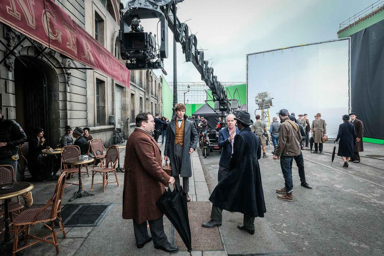 David Yates directs a Parisian street scene