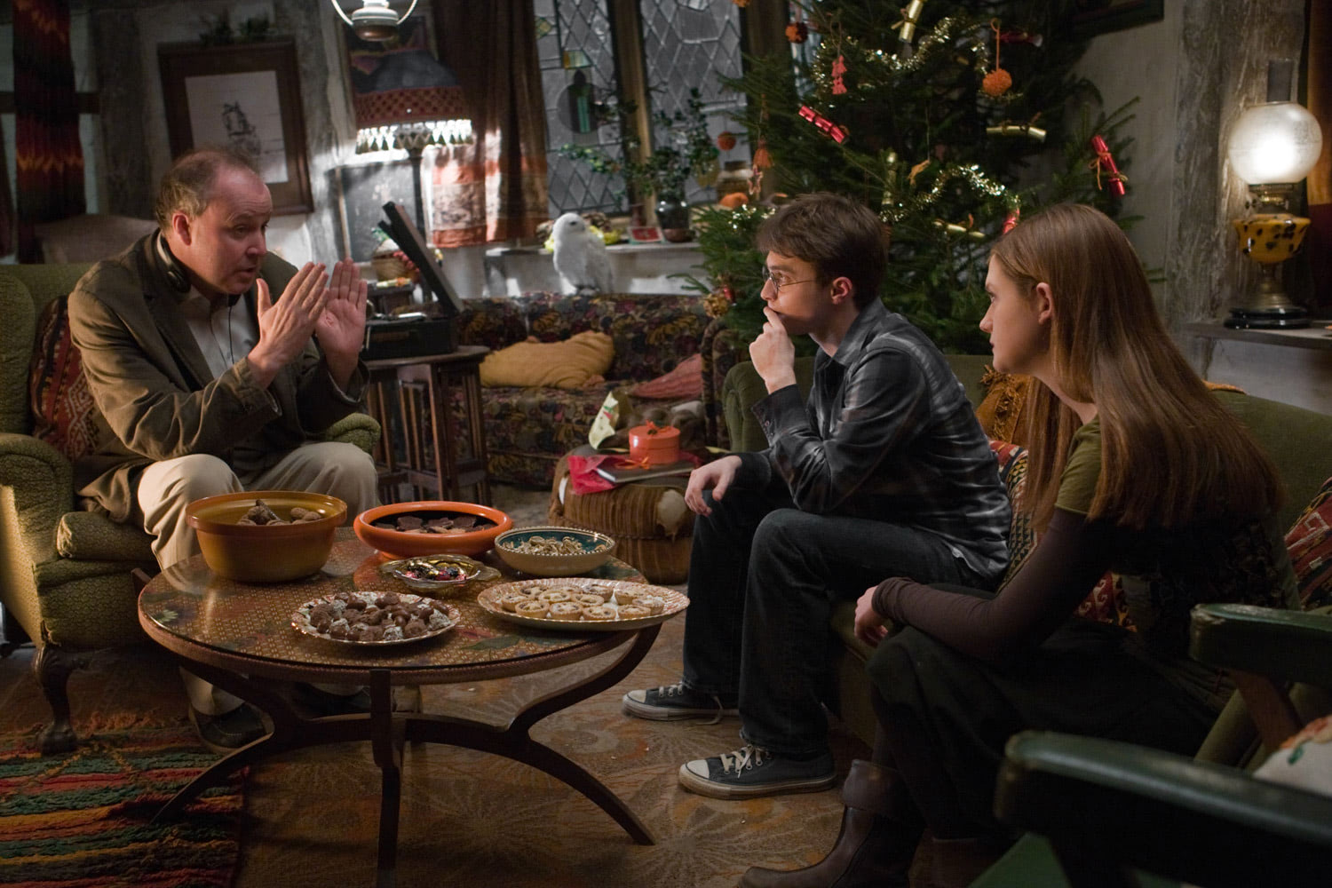 David Yates directs Dan Radcliffe and Bonnie Wright