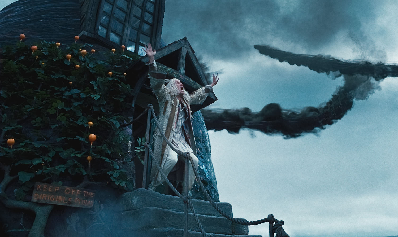 Death Eaters converge on the Lovegood house