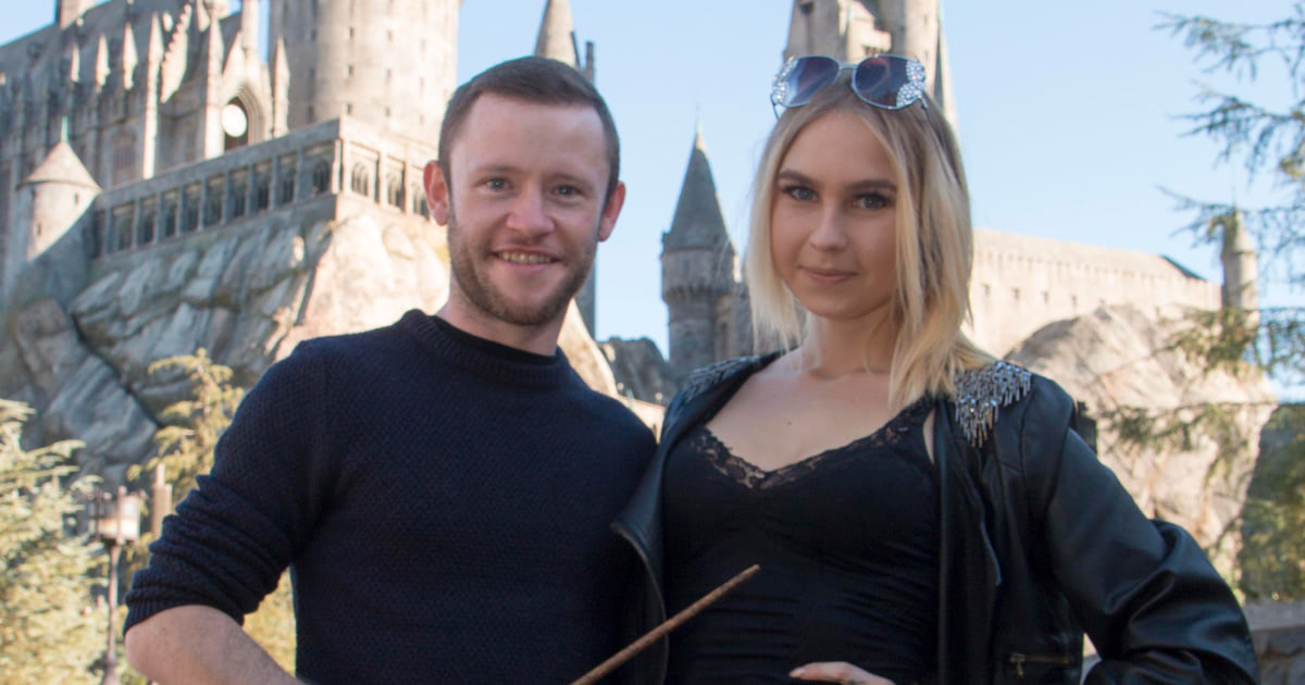 Devon Murray visits the 'Harry Potter' theme park