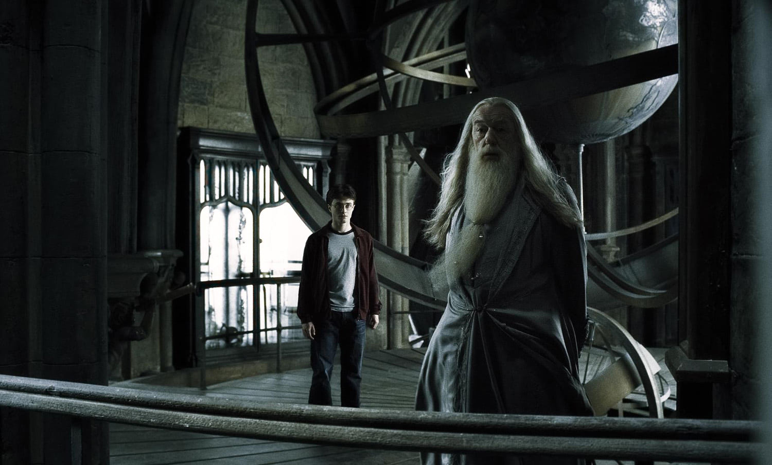 Dumbledore and Harry on the Astronomy Tower