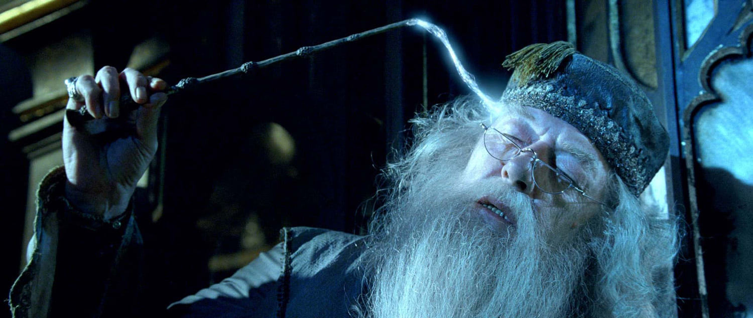 Dumbledore extracting a memory
