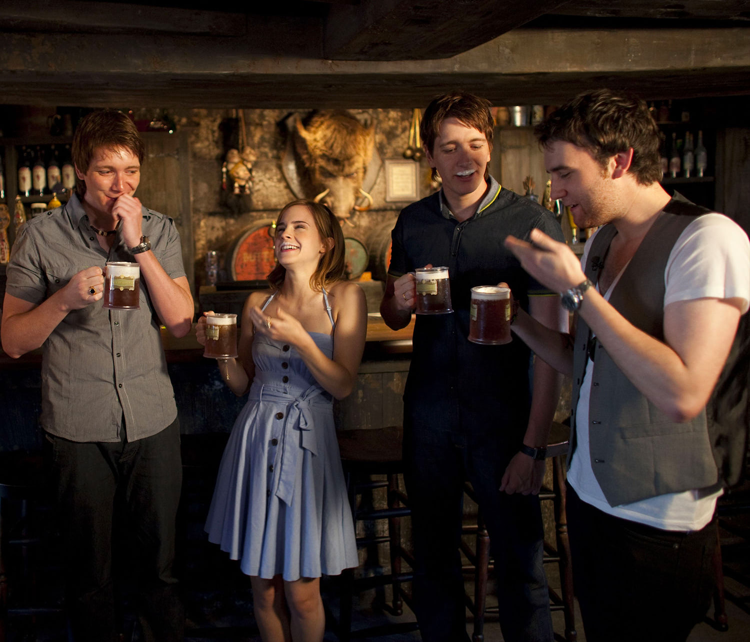 Emma Watson, James and Oliver Phelps and Matthew Lewis drink Butterbeer