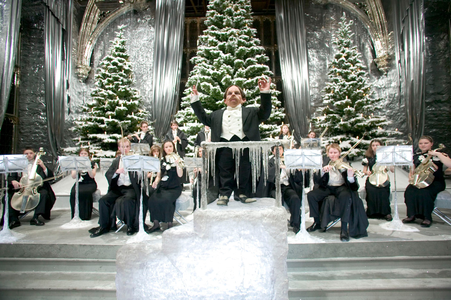 Filch conducts the Yule Ball band