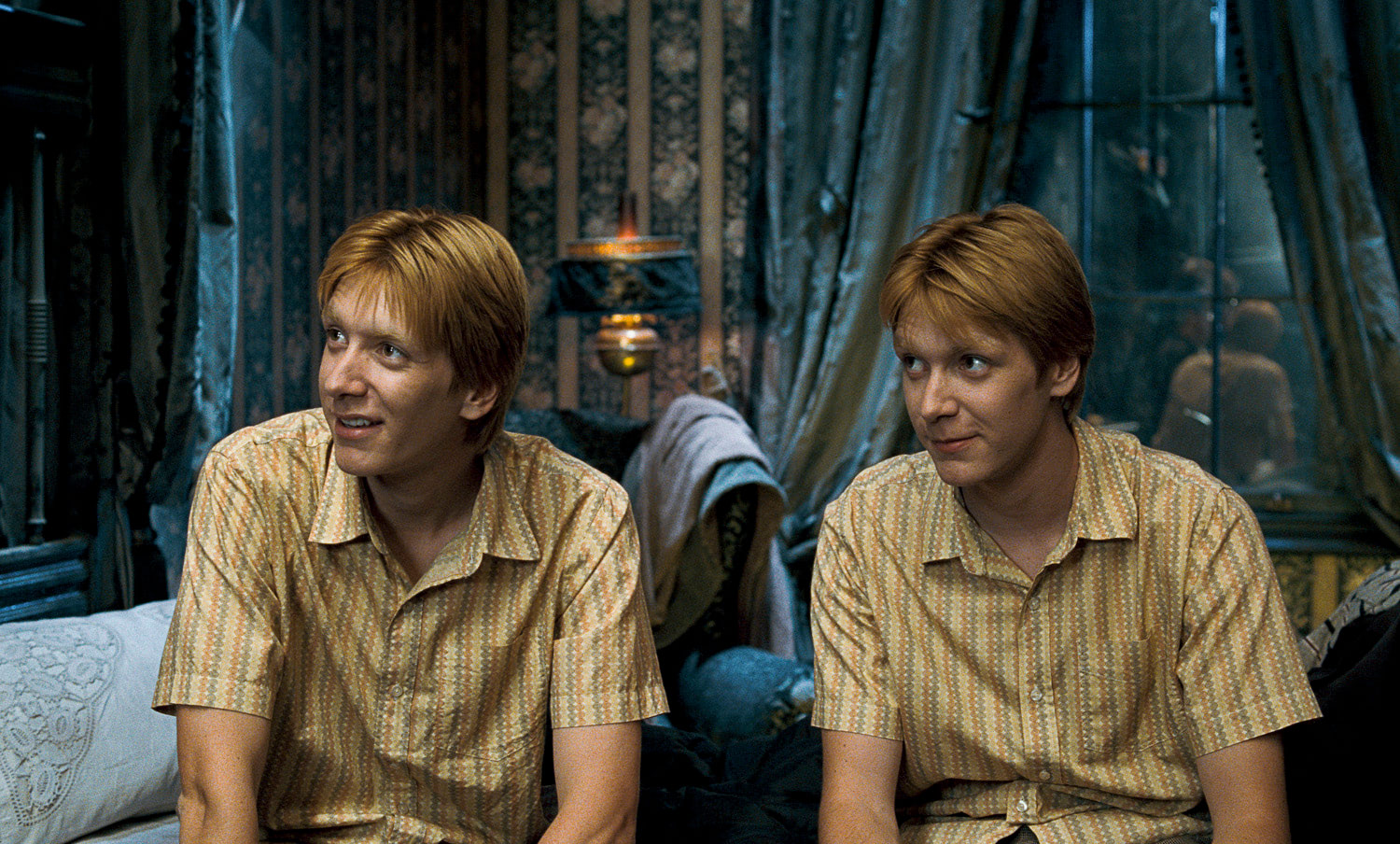 Fred and George at Grimmauld Place