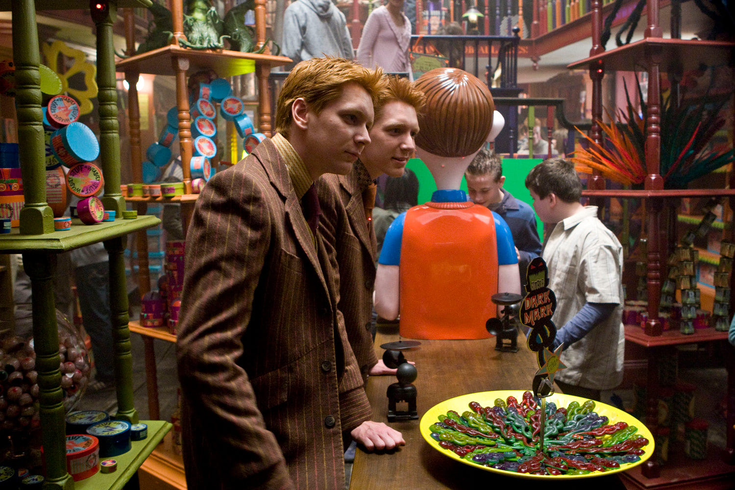 Fred and George at Weasleys' Wizard Wheezes