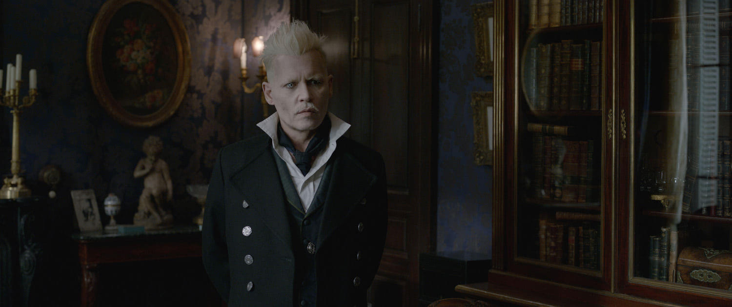 Grindelwald in the Paris hideaway