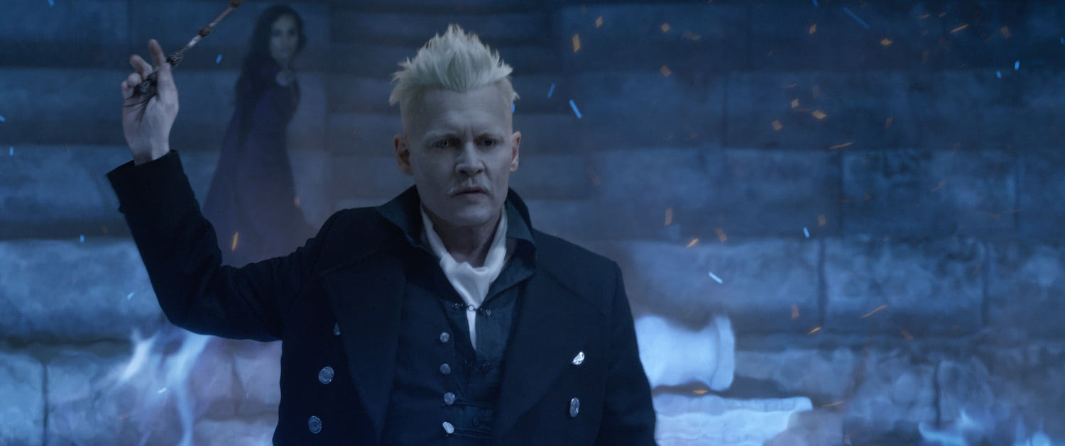 Grindelwald waves his wand