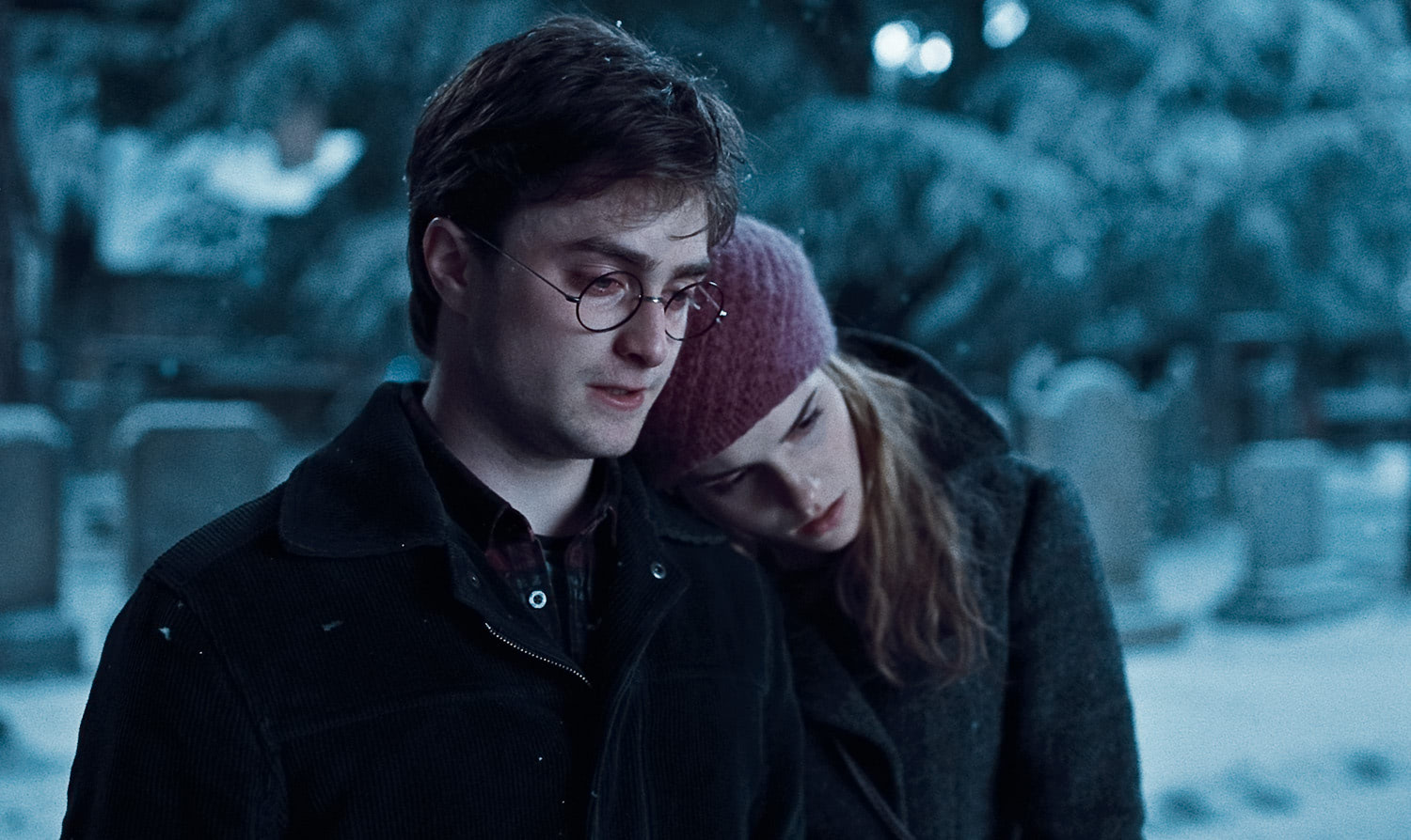 Harry and Hermione in Godric's Hollow