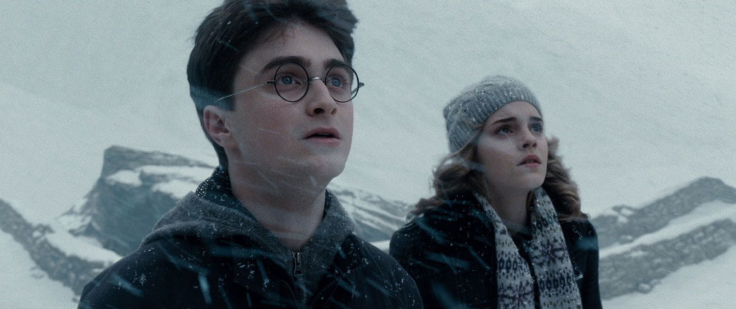 Harry and Hermione in the snow