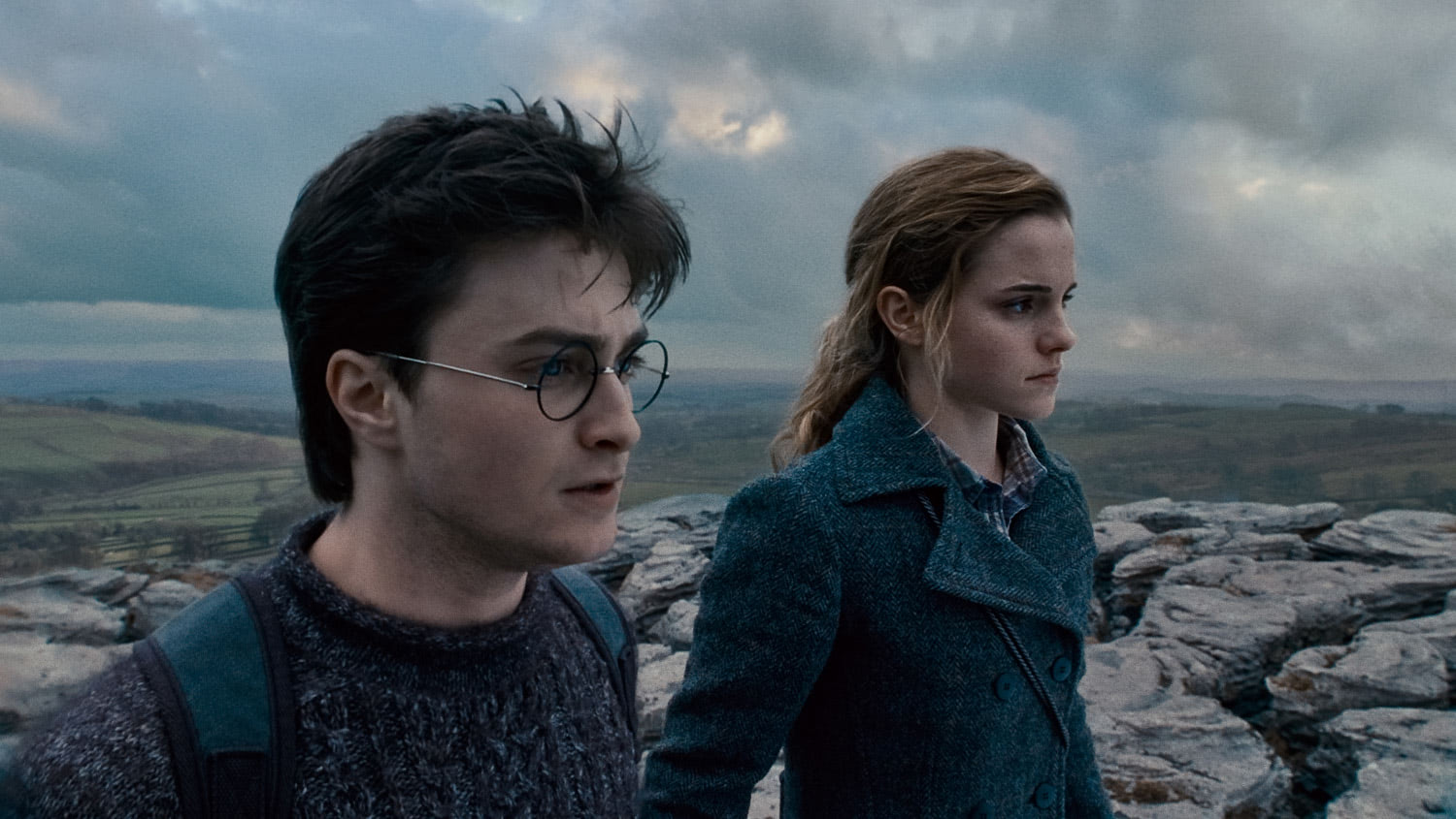Harry and Hermione on a cliff