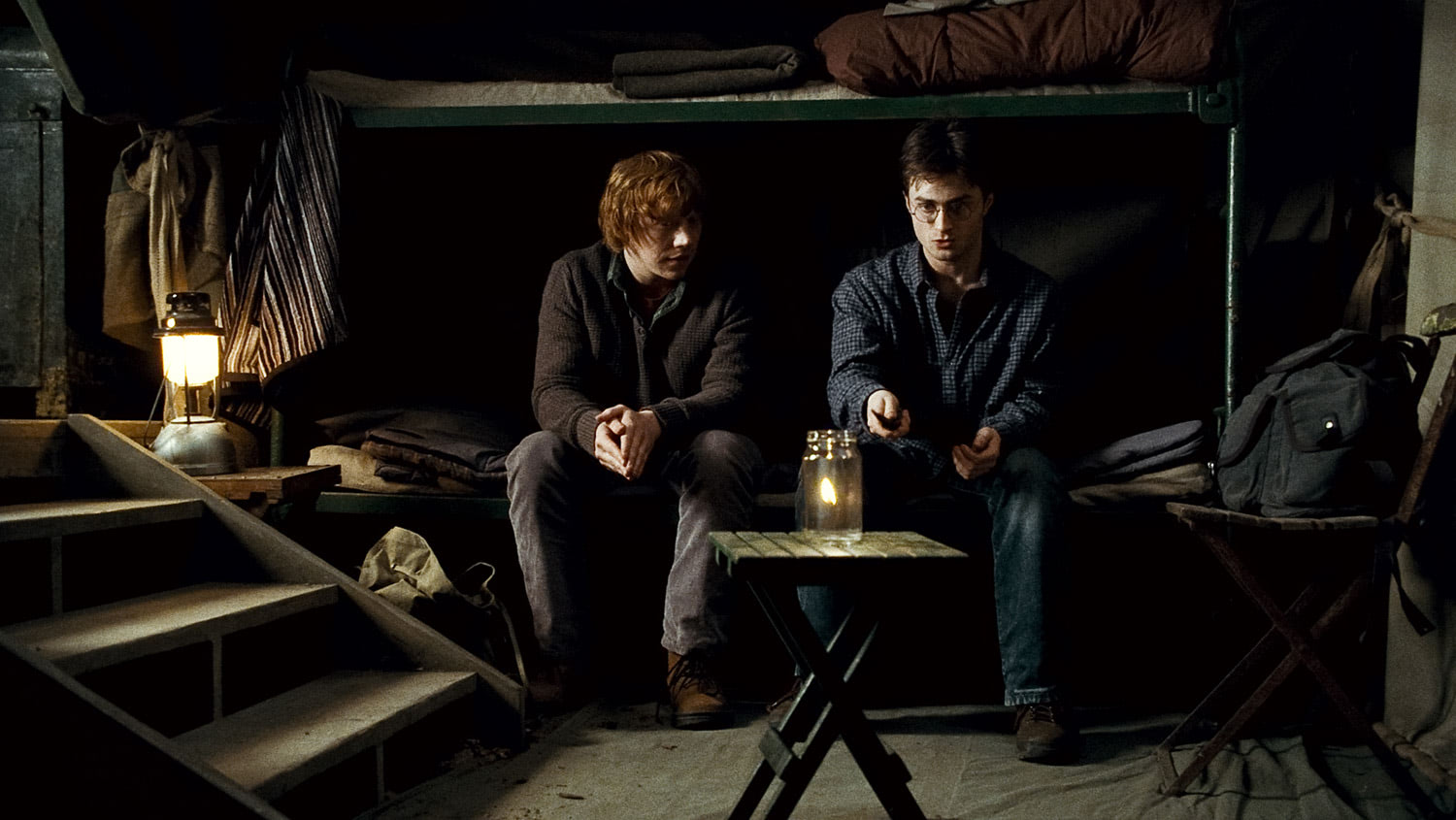 Harry and Ron make fire