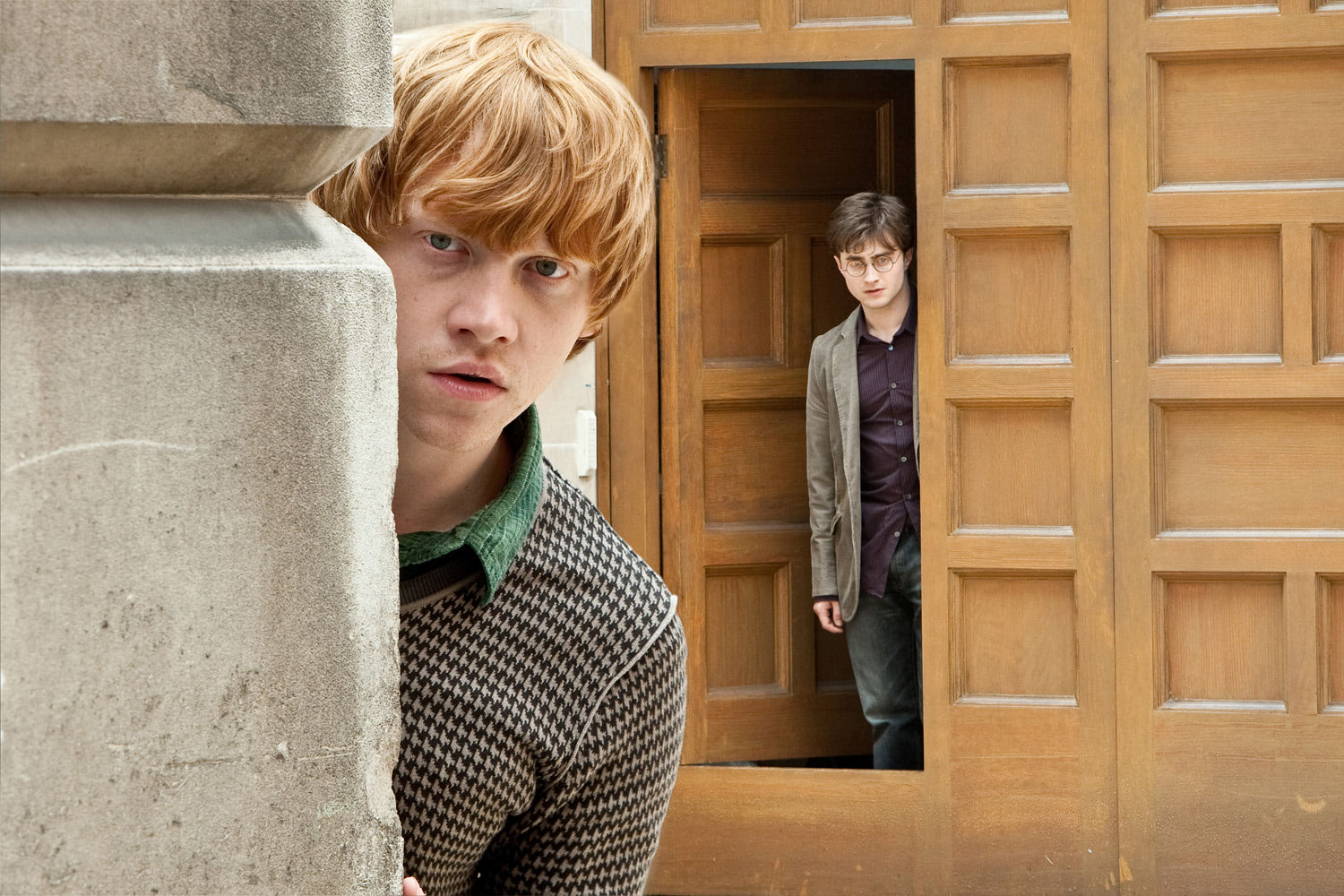 Harry and Ron prepare to enter the Ministry