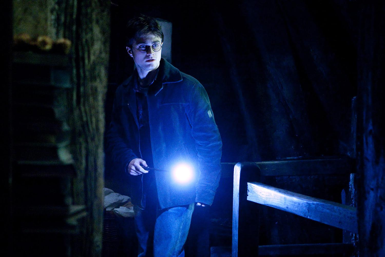 Harry enters Bathilda Bagshot's bedroom