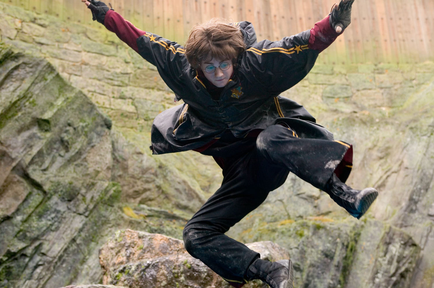 Harry jumps during the First Task