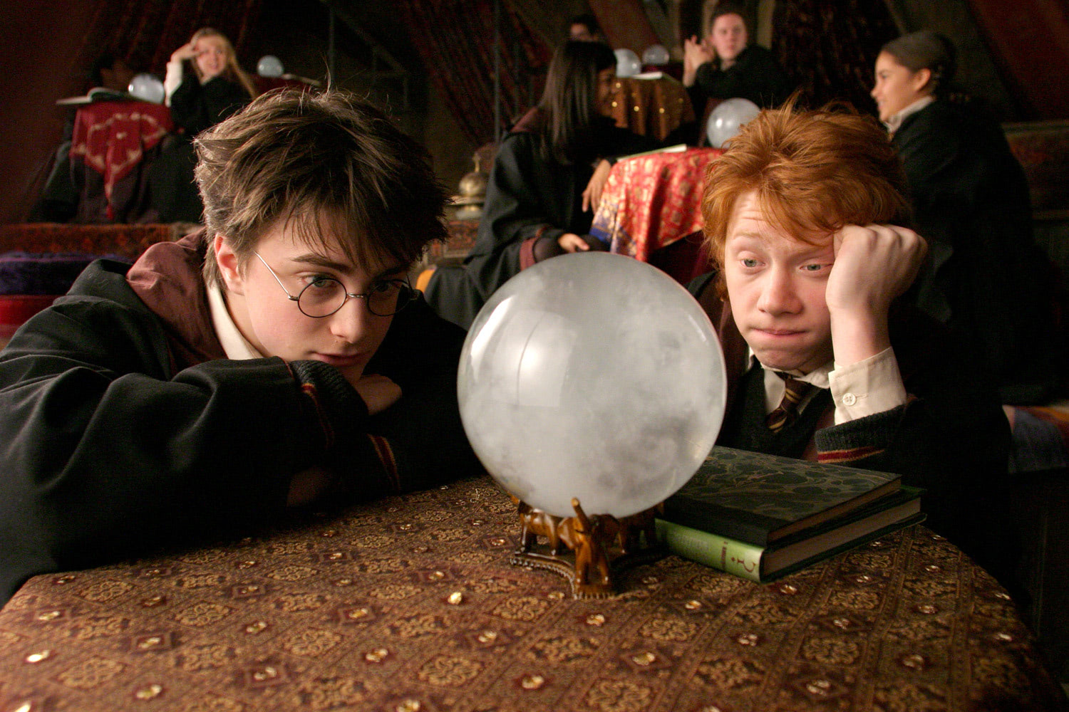 Harry, Ron and the crystal ball