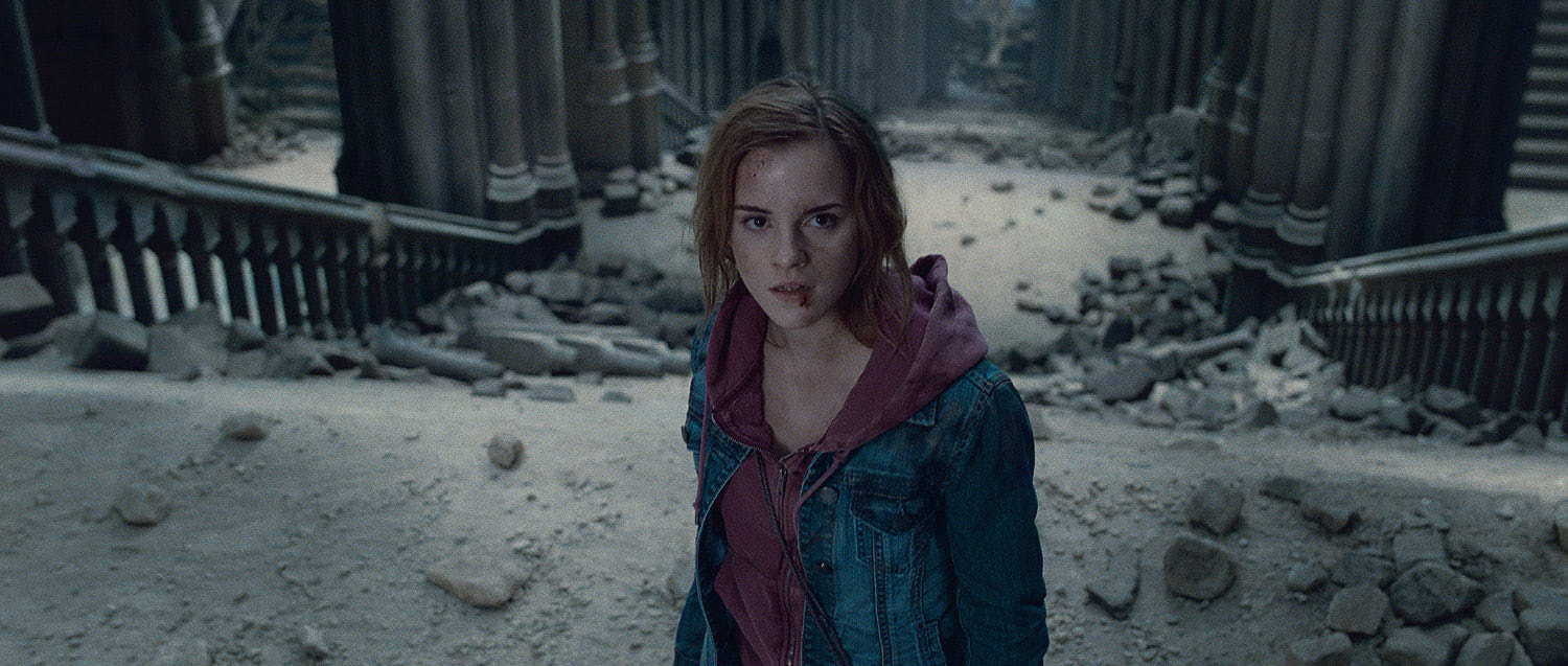 Hermione bloodied during battle