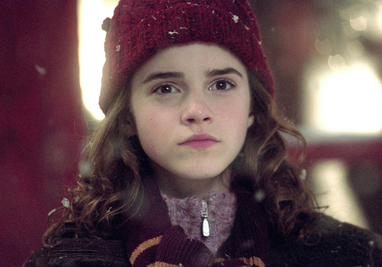 Hermione in Hogsmeade