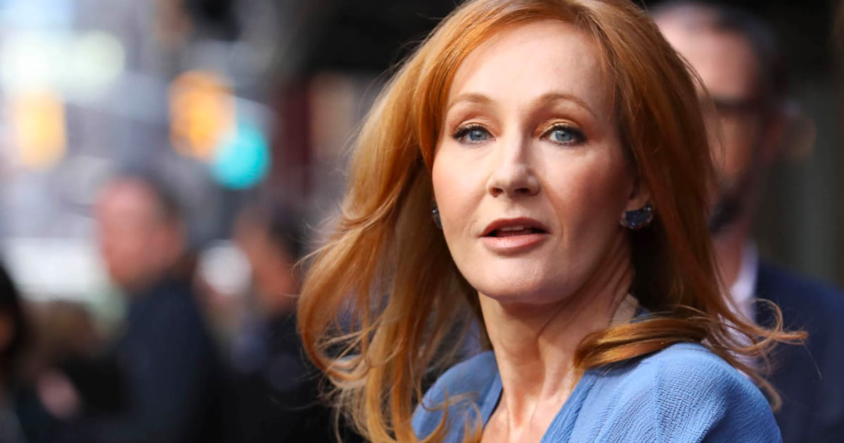 J.K. Rowling announces new 'Harry Potter' story 'Cursed Child' to be performed as a play in London