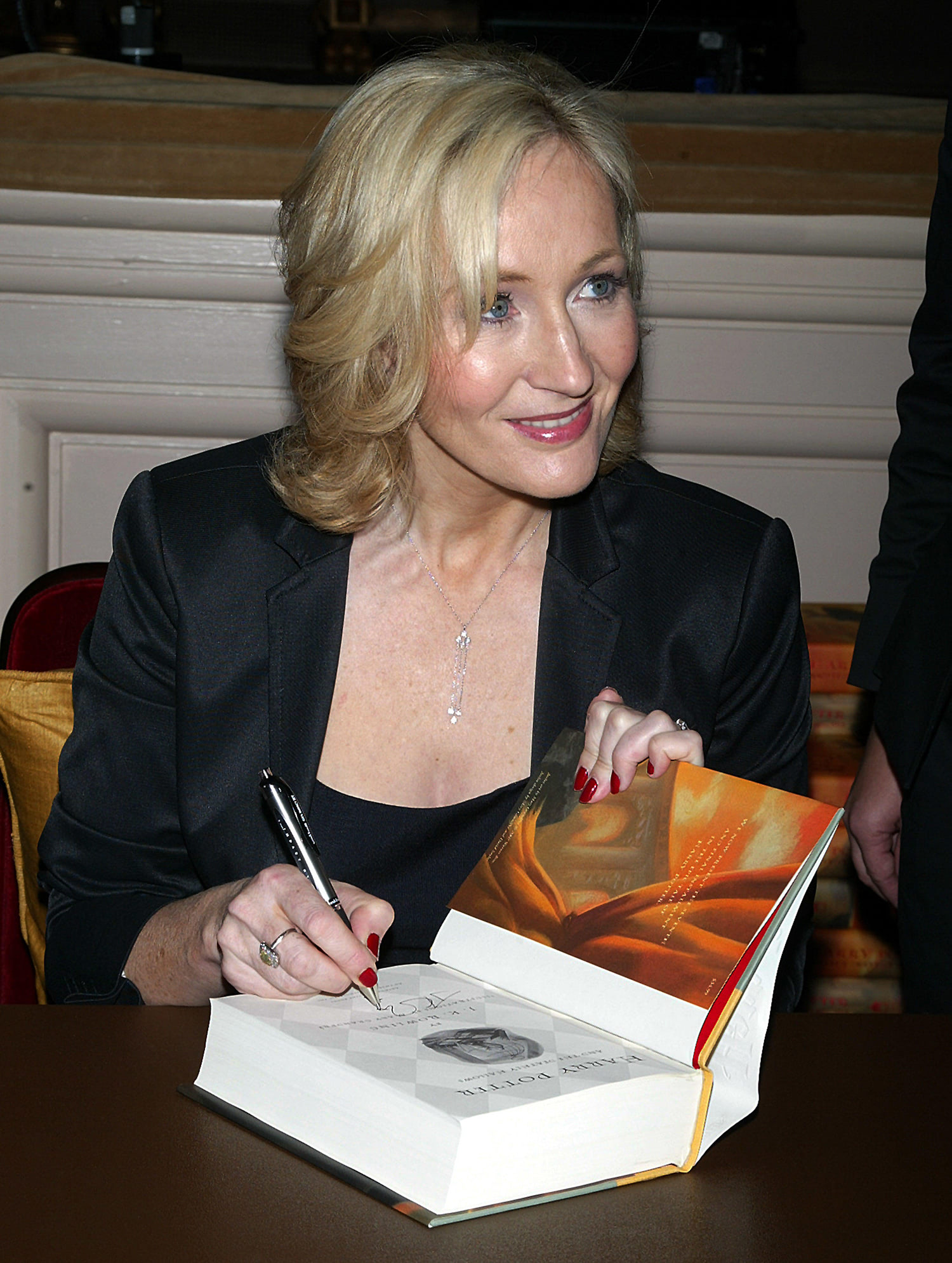 J.K. Rowling signs books at Carnegie Hall