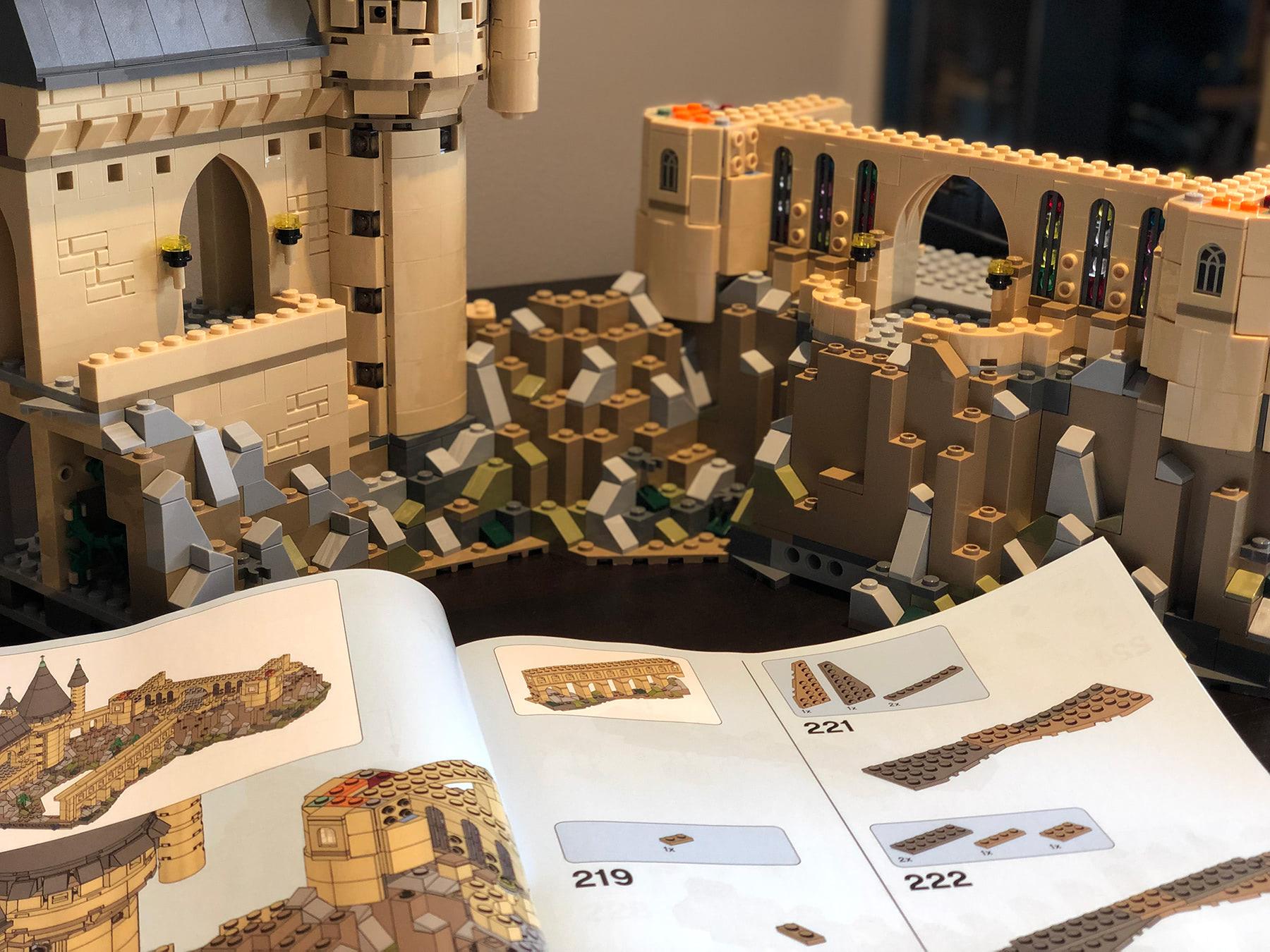 LEGO Hogwarts Castle (71043) exterior
