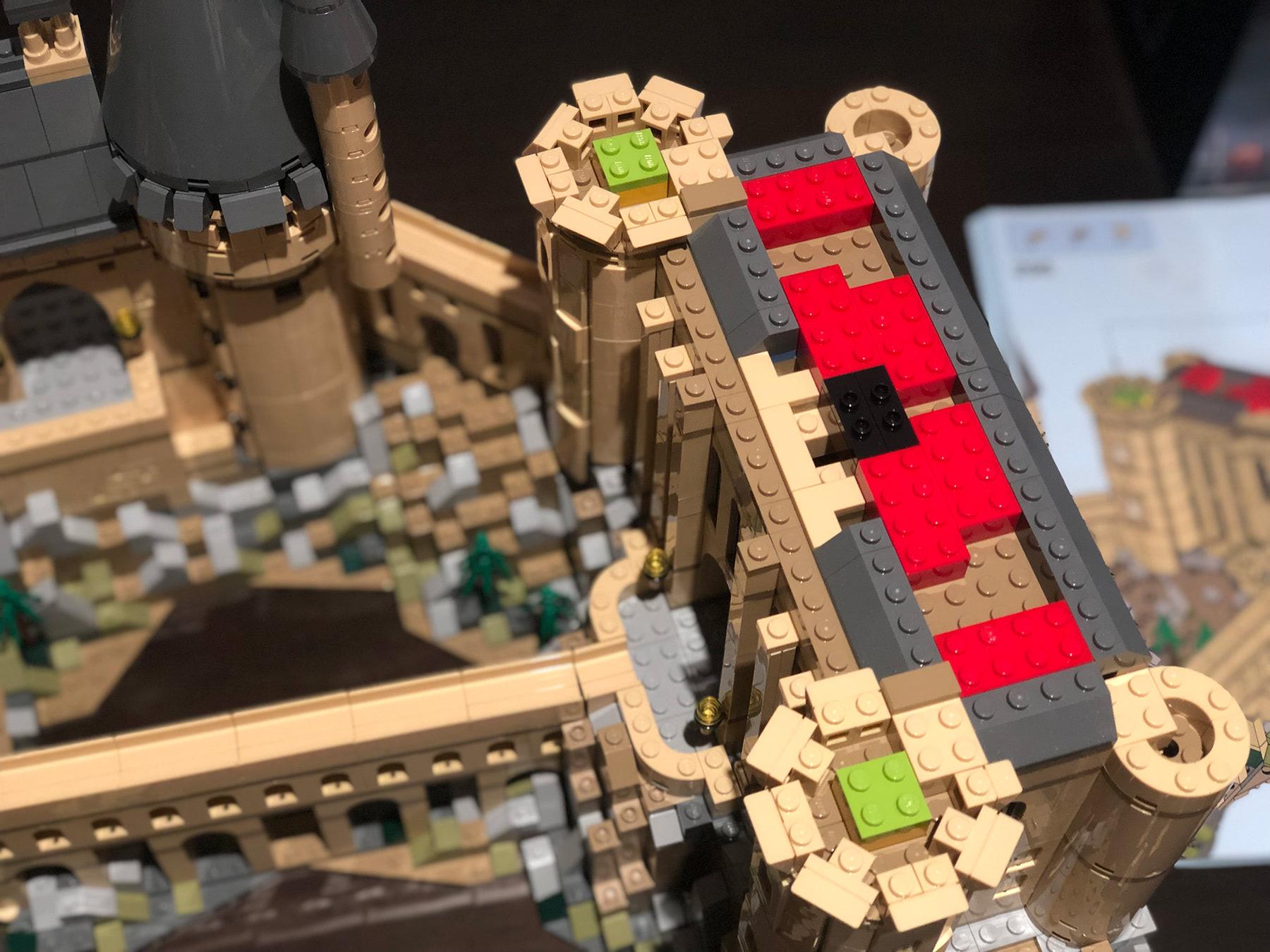 LEGO Hogwarts Castle (71043) tower engineering