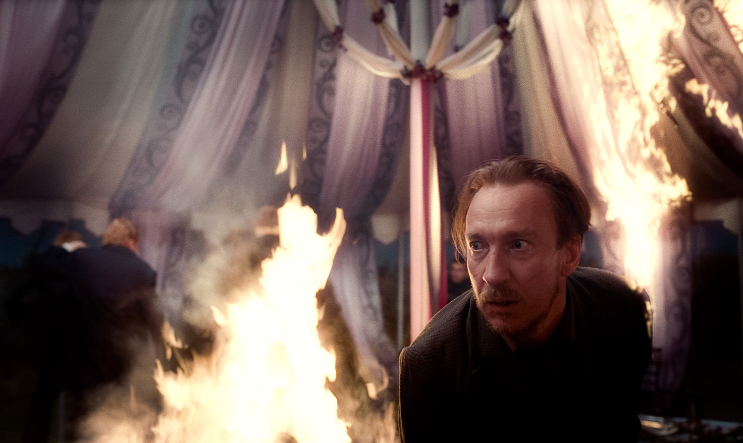 Lupin in the burning wedding tent
