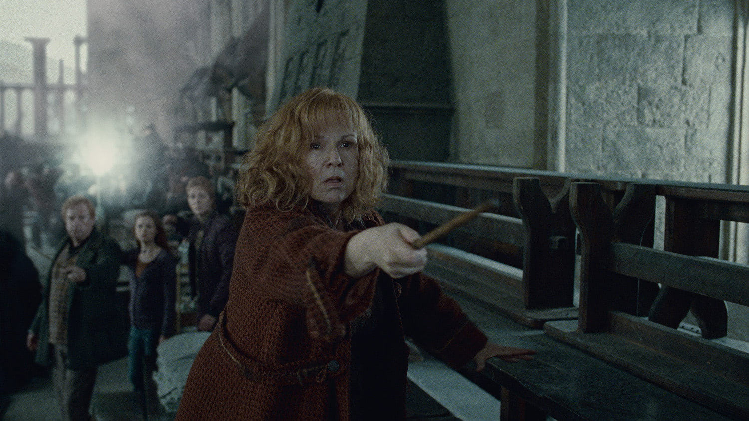 Molly Weasley fights Bellatrix