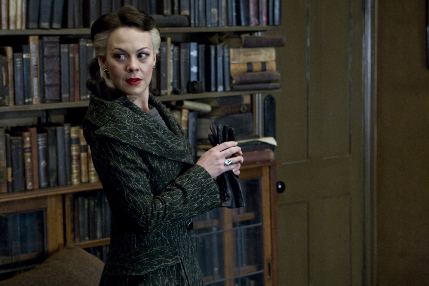 Narcissa Malfoy at Spinner's End