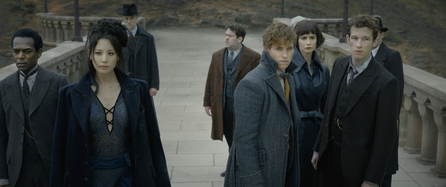 Newt and friends visit Hogwarts