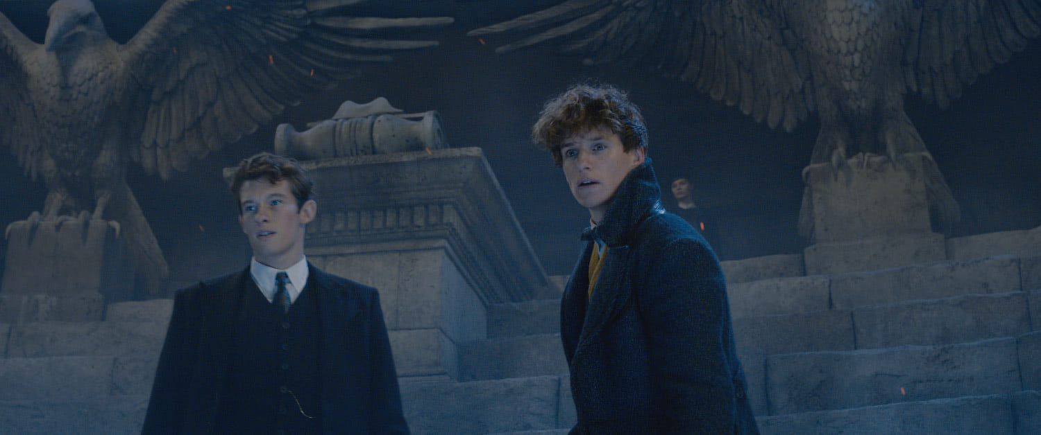 Newt and Theseus at Grindelwald's rally