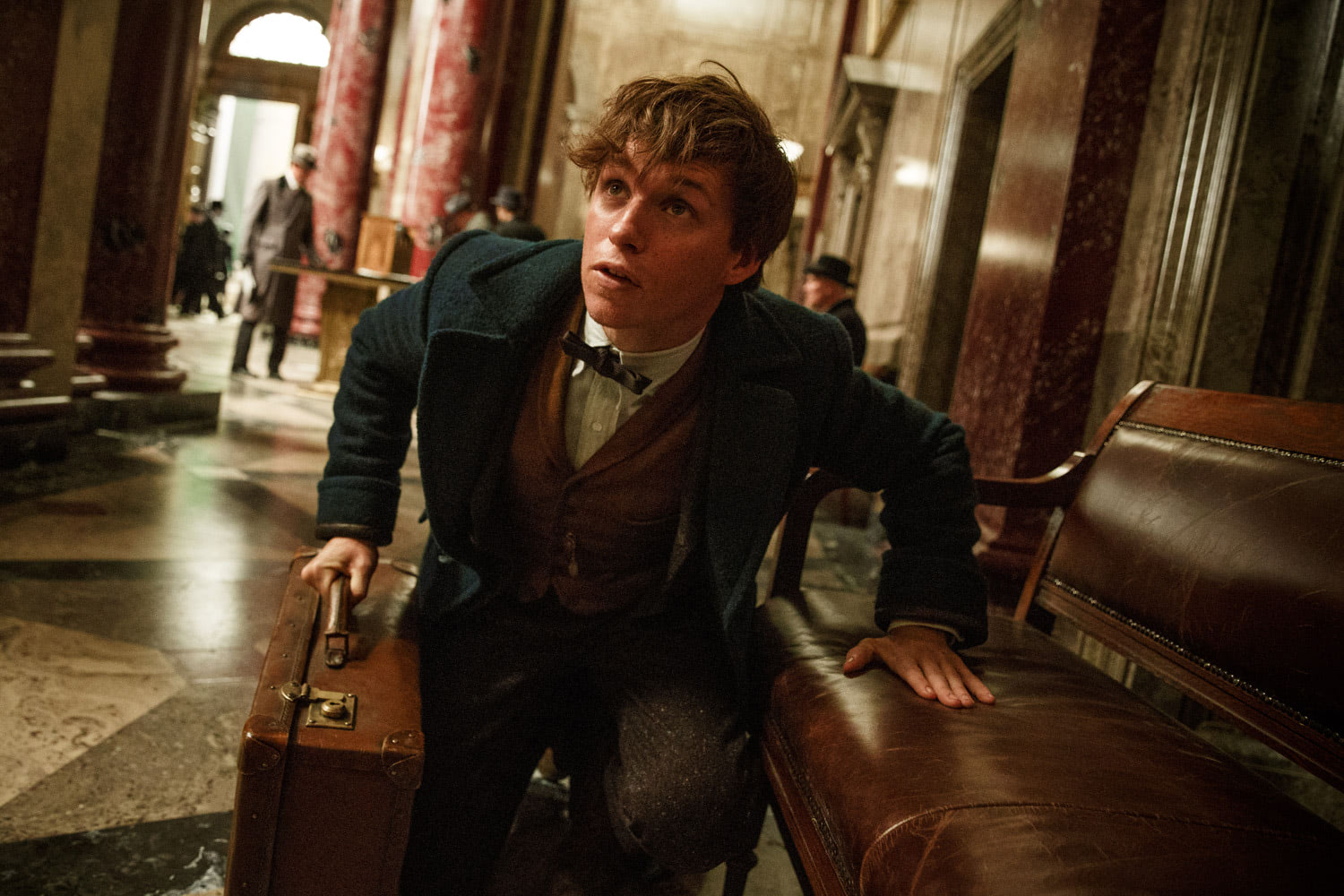 Newt Scamander in the bank