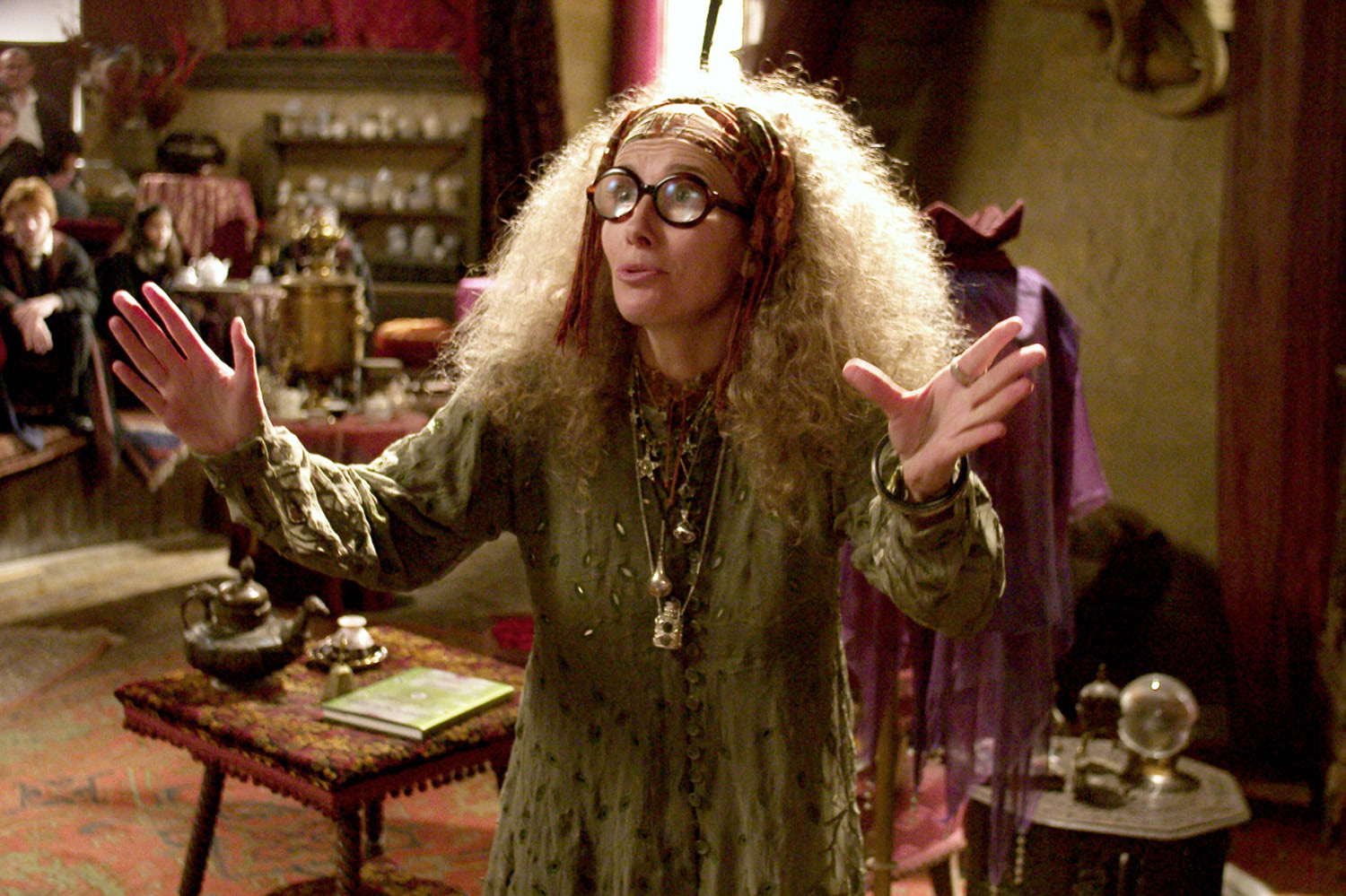 Professor Trelawney and the third years