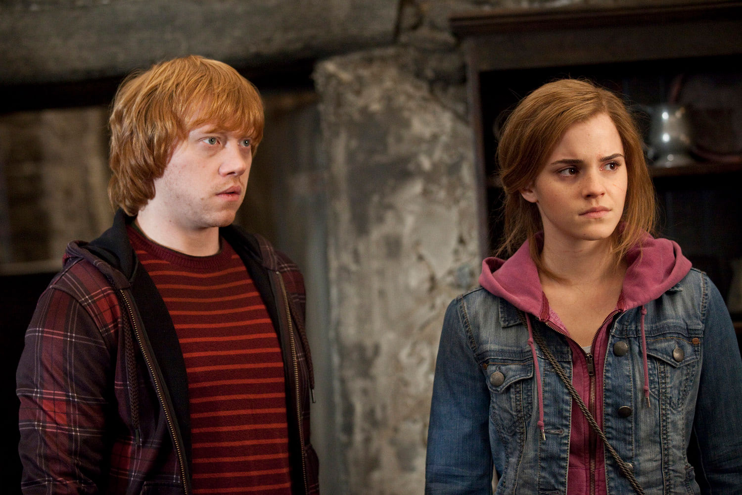 Ron and Hermione in the Hog's Head