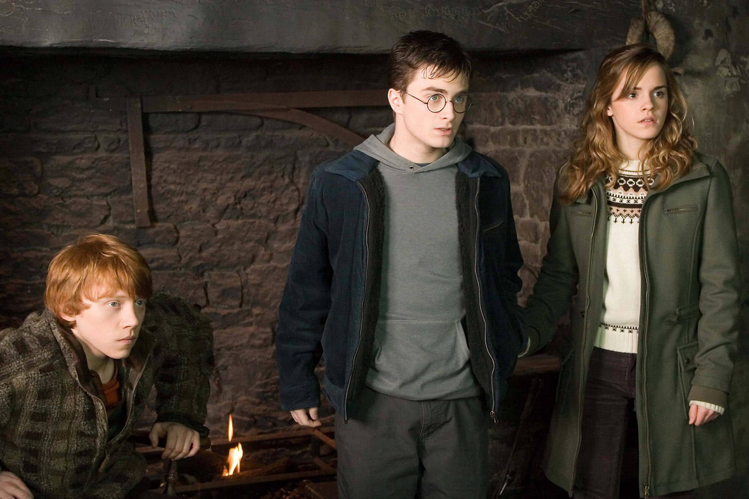 Ron, Harry and Hermione in the Hog's Head