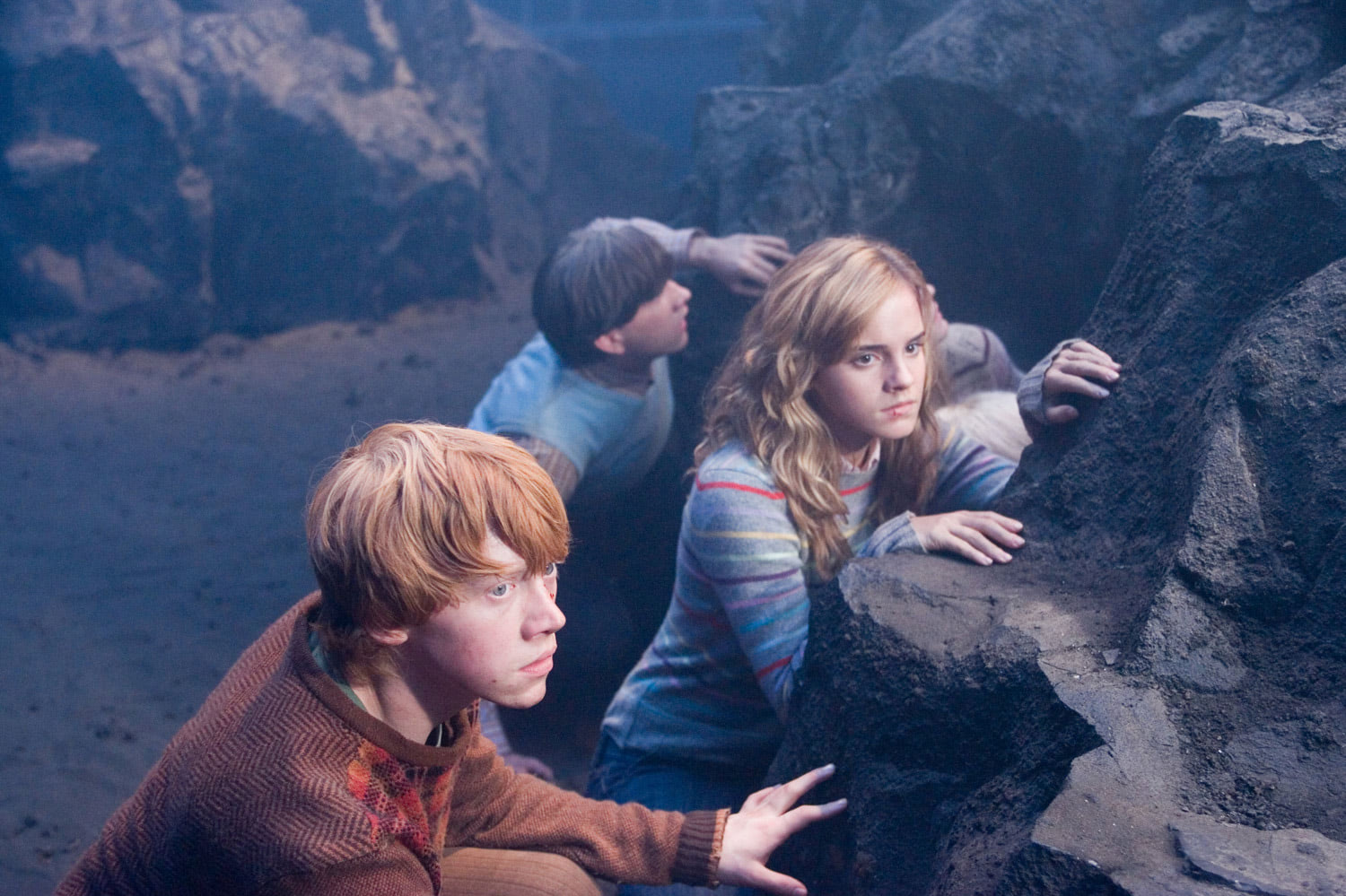 Ron, Hermione and Neville in the Department of Mysteries