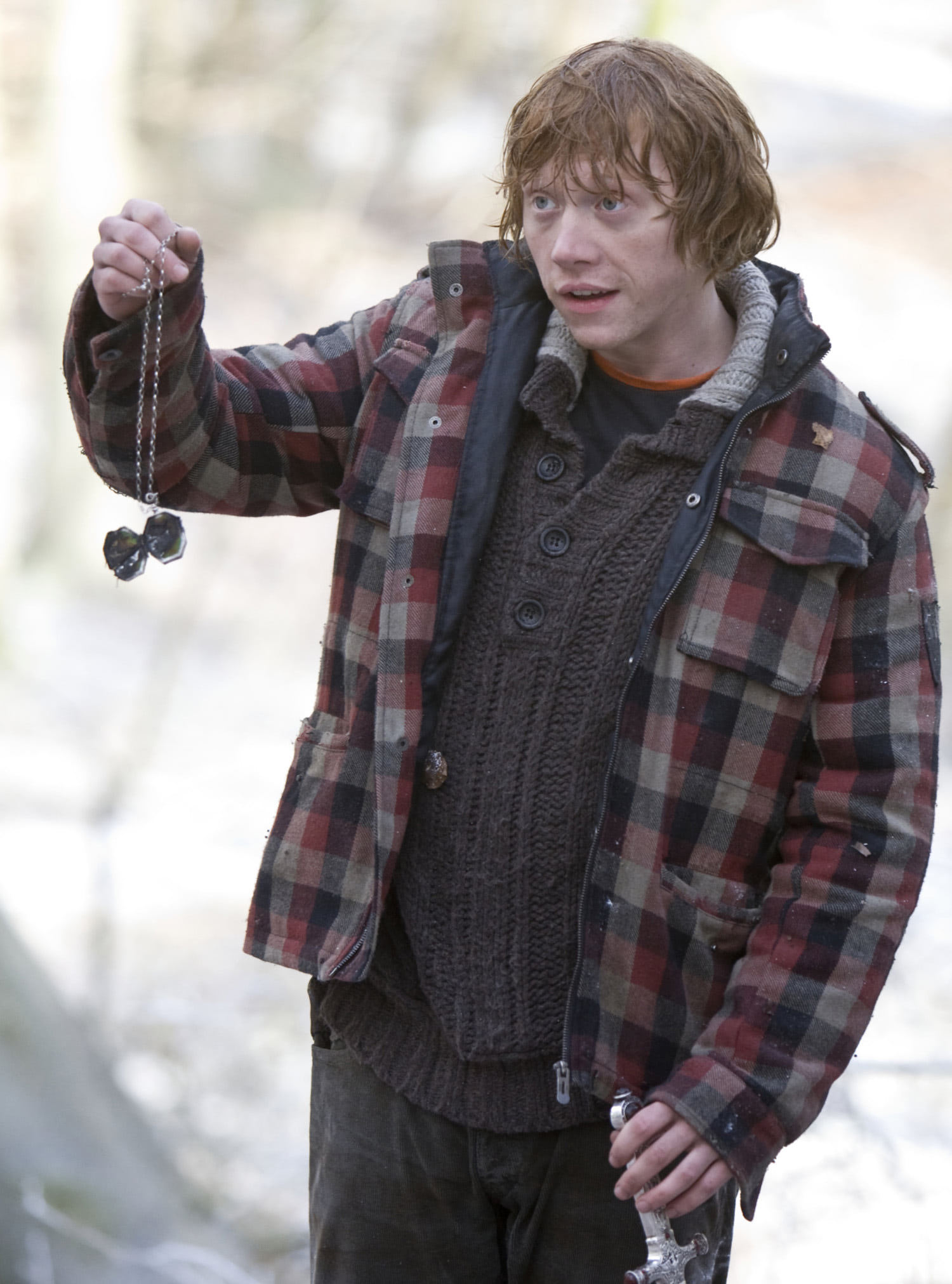 Ron with the destroyed locket