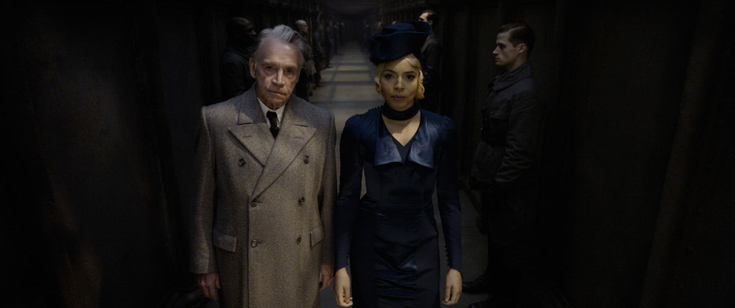 Seraphina Picquery releases Grindelwald