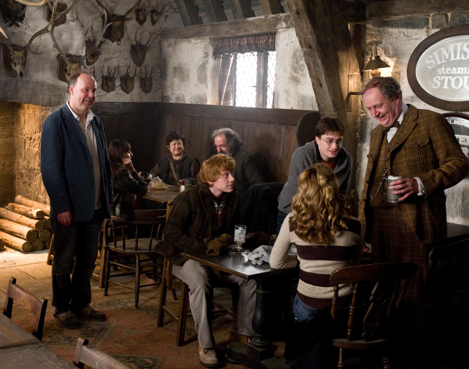 Shooting in The Three Broomsticks — Harry Potter Fan Zone