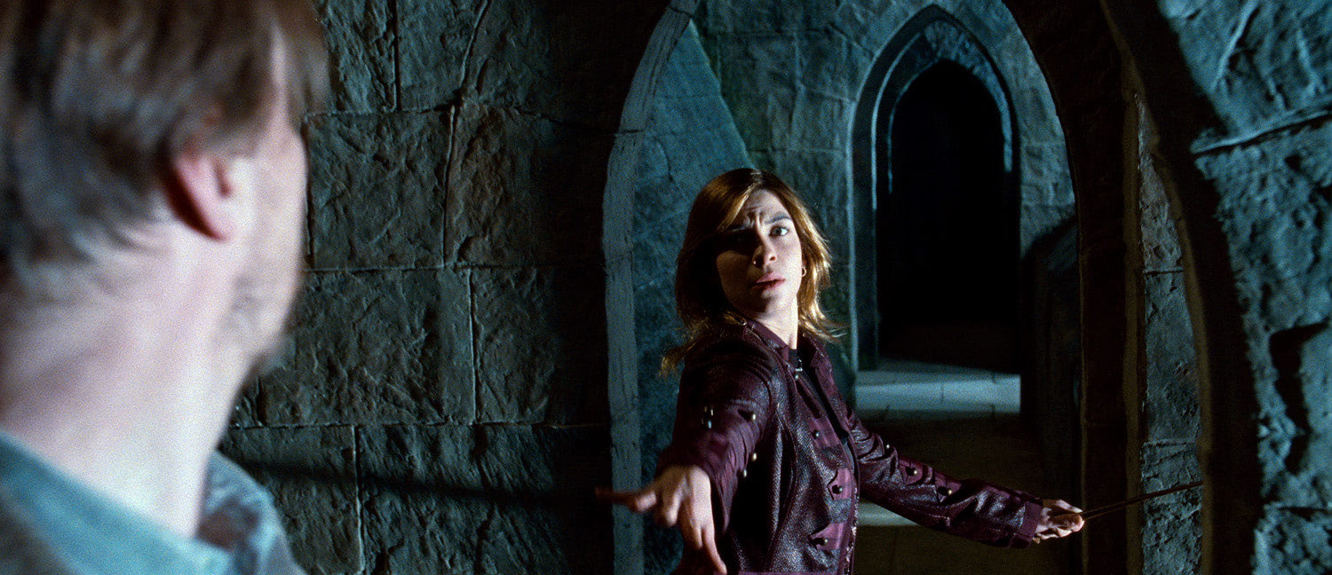 Tonks reaches for Lupin