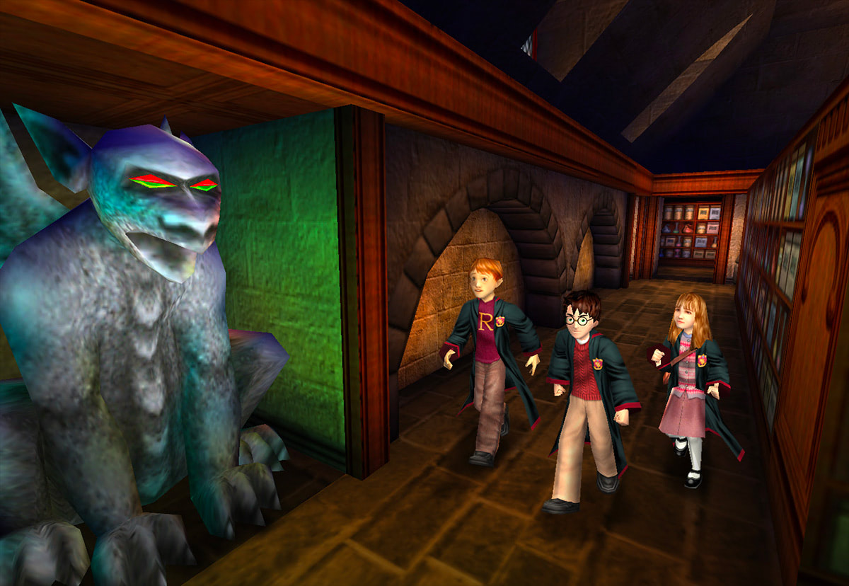 The trio in a corridor (Sorcerer's Stone video game)