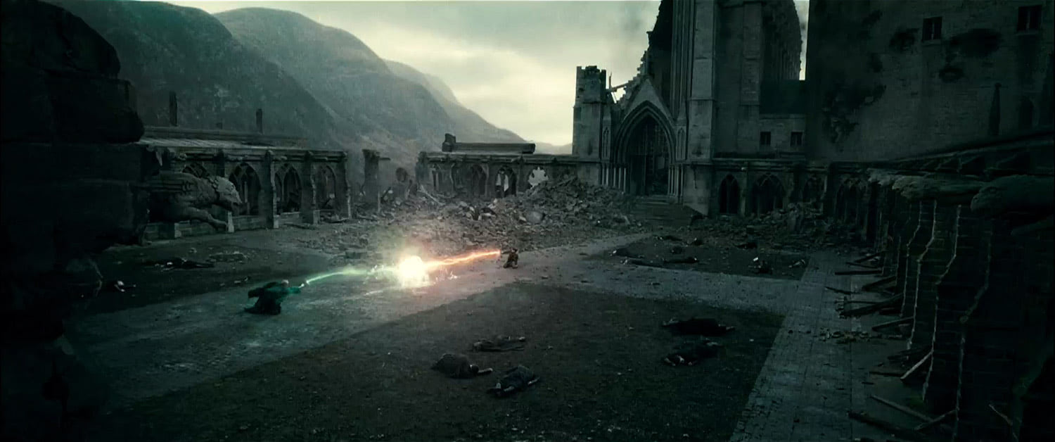 Voldemort and Harry duel